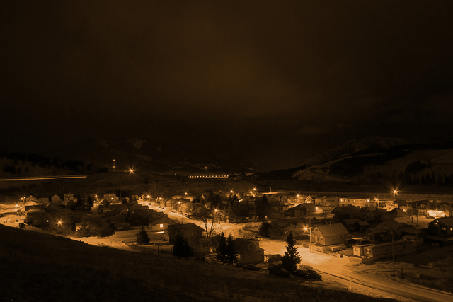 crowsnest at night